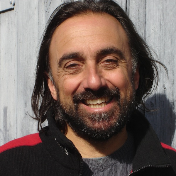 Denis Campeau, artisan-luthier